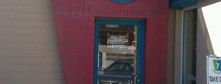 EZ's Brick Oven & Grill is one of Lugares favoritos de Cristina.