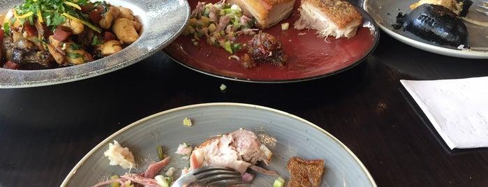 Spoonbill Restaurant And Bar is one of Posti che sono piaciuti a Josh.