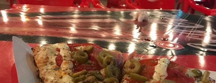 Sammy's Express Pizza is one of Orte, die Das gefallen.