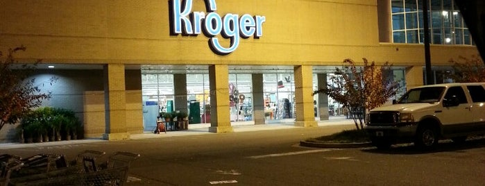 Kroger is one of Locais curtidos por Lisa.