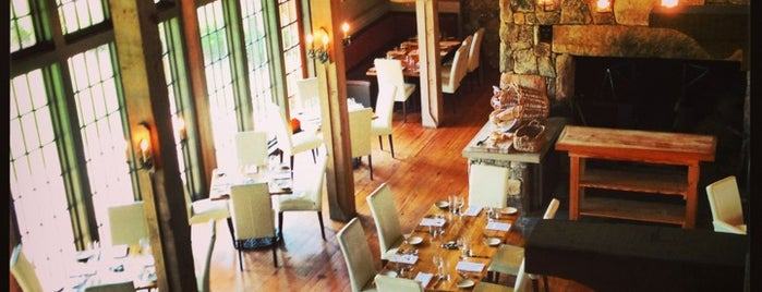 SpringHouse Restaurant is one of Lugares favoritos de Marcia.