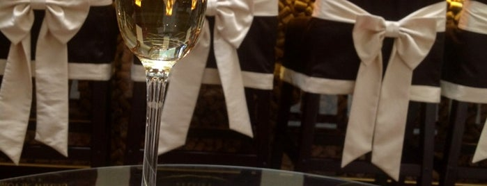 Charte Bar is one of Anastasia'nın Beğendiği Mekanlar.