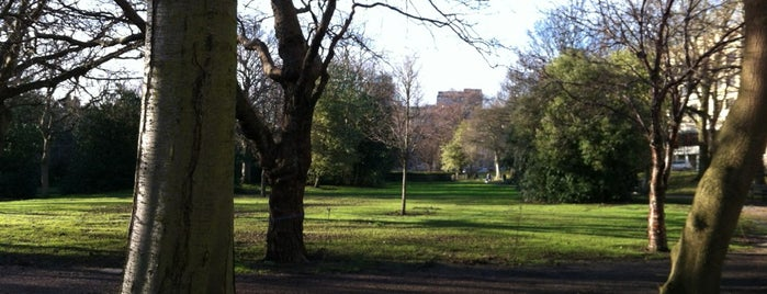 George Square Gardens is one of Lugares favoritos de Paul.