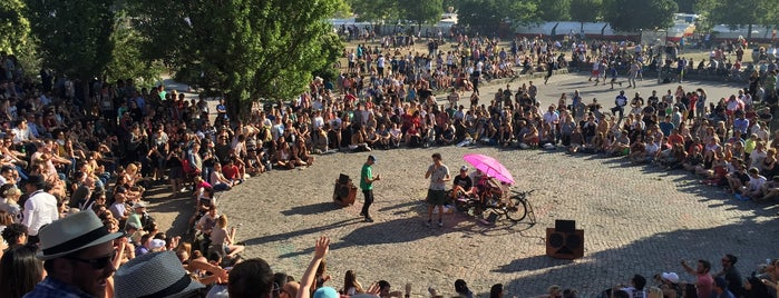 Sonntagskaraoke im Mauerpark is one of 4sq Cities! (Europe).