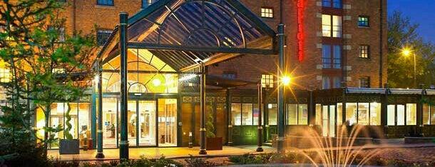 Manchester Marriott Victoria & Albert Hotel is one of Tempat yang Disukai Lamya.