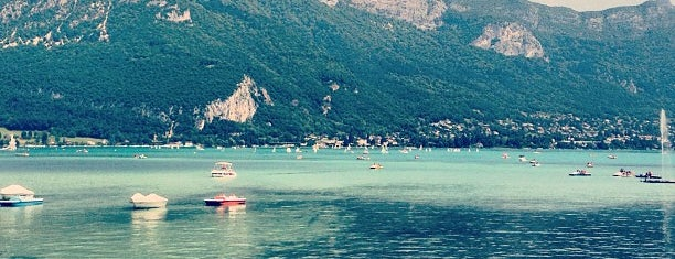 Lac d'Annecy is one of Locais curtidos por Khalid.