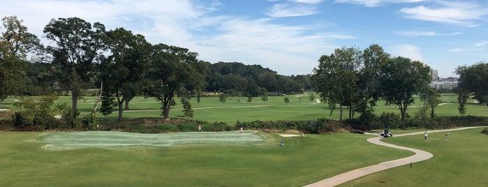 Bobby Jones Golf Course is one of Locais salvos de PJ.