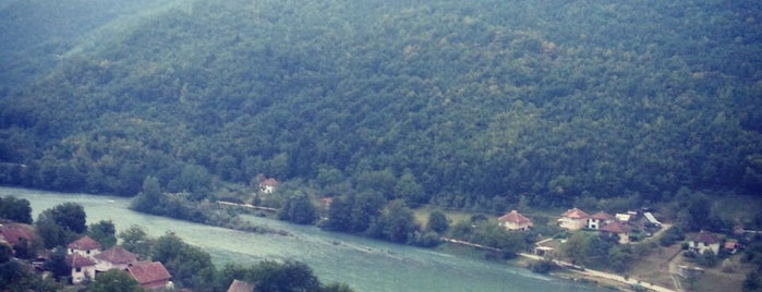Drina is one of Far Far Away.