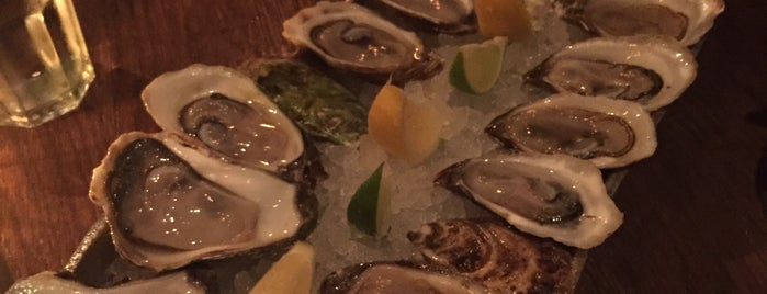 Adelaide Oyster House is one of Posti che sono piaciuti a Alled.