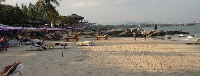 Hua Hin Beach is one of Meskenler.