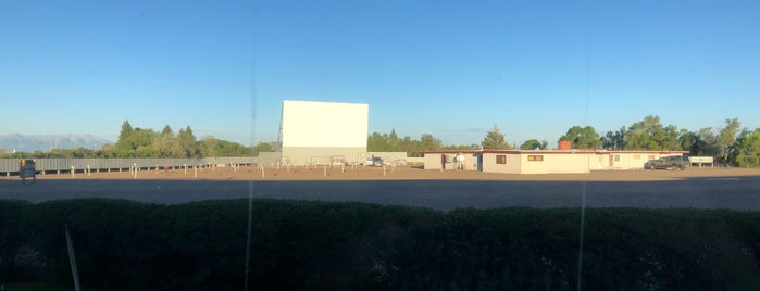Star Drive-In is one of TAKE ME TO THE DRIVE-IN, BABY.