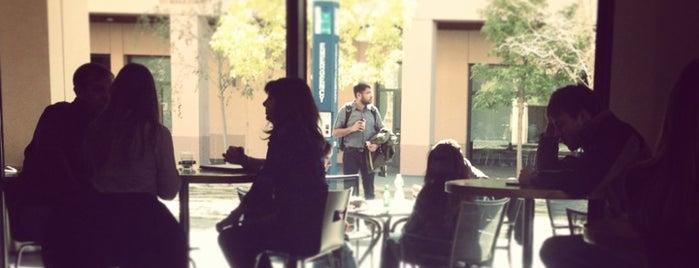 Coupa Café is one of Lugares favoritos de Sam.