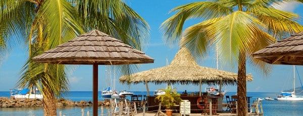 Coco Bar is one of Boire un verre en Martinique.