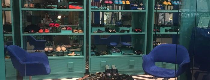Blue Bird is one of Shopping Cidade Jardim.