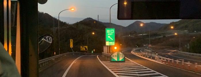 因島北IC is one of 西瀬戸自動車道(しまなみ海道).
