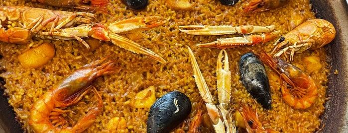 Restaurante Casa Roberto is one of Valencia.