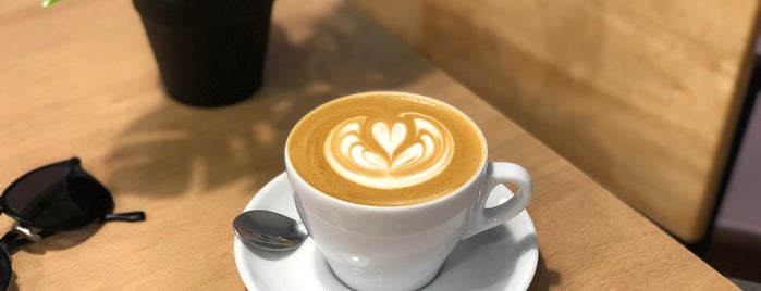 Kōhī Roastery & Coffee Bar is one of 07_ตามรอย_coffee.