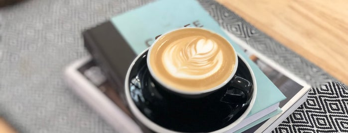 La Mesa Coffee Co. is one of Bangkok.