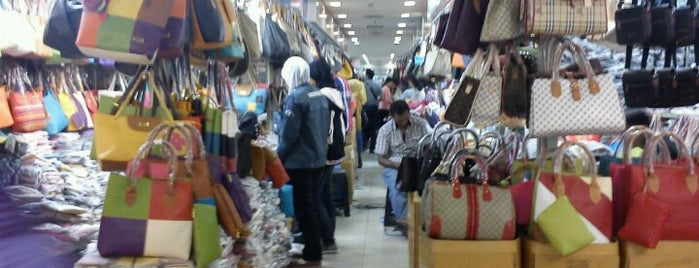 Pusat Grosir Senen Jaya is one of @Jakarta, Indonesia #1.