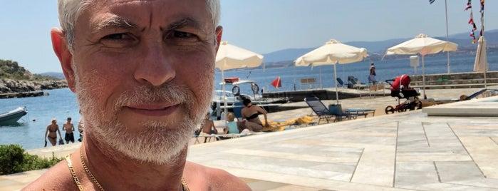 Hotel Poseidon Resort Swimming Pool is one of Costas'ın Beğendiği Mekanlar.