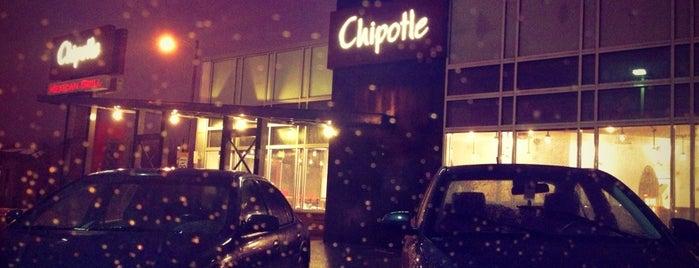 Chipotle Mexican Grill is one of Lieux sauvegardés par Ferdinand.