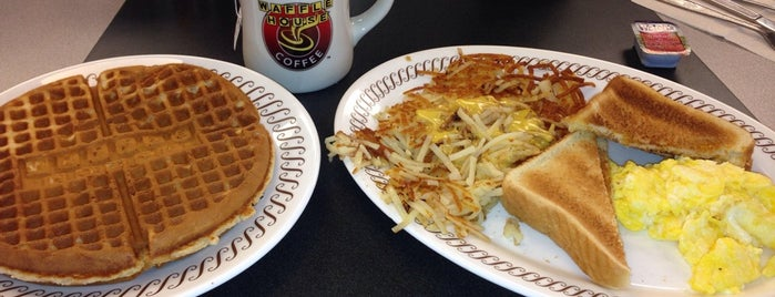 Waffle House is one of Things To Do Near The Georgia Dome.