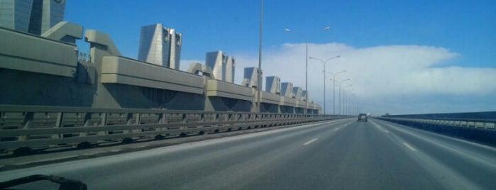 Южная дамба (Комплекс защитных сооружений Санкт-Петербурга от наводнений) is one of Boris'in Beğendiği Mekanlar.