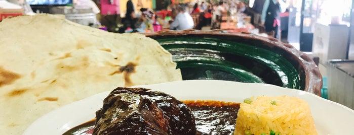 El Sazon De Mi Tierra is one of Desayunos.