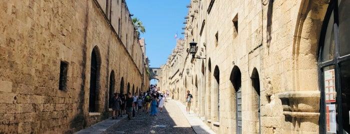 Rhodes City is one of Lugares favoritos de Müjgannn.