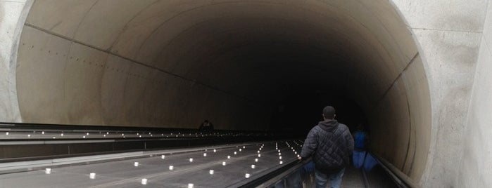 Medical Center Metro Station is one of DC Metro Insider Tips.