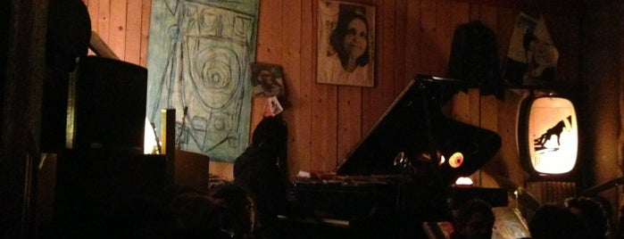 Bec de Jazz is one of สถานที่ที่บันทึกไว้ของ Thomas.