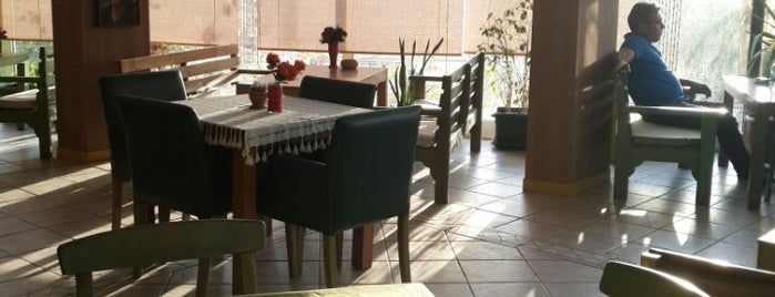 Merdiven Cafe is one of Nargilecilerim.