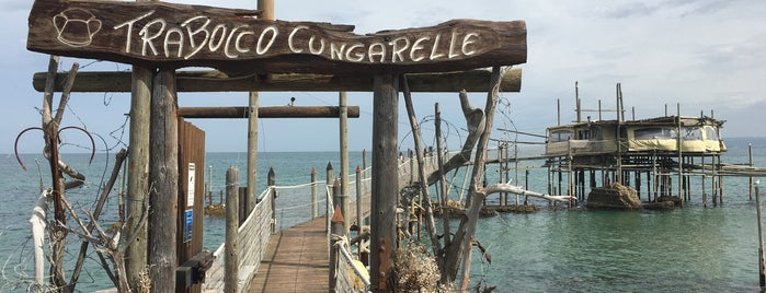 Trabocco Cungarelle is one of Locais curtidos por Sara.