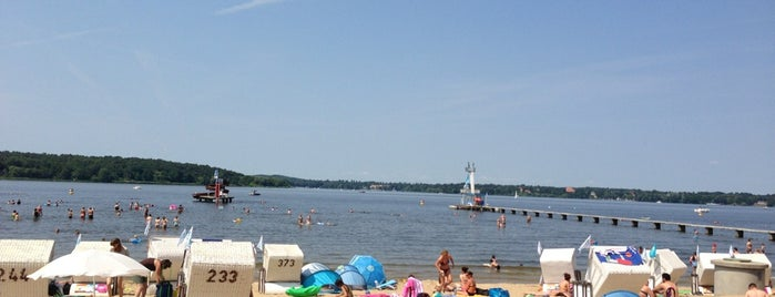 Strandbad Wannsee is one of Lieux qui ont plu à Dominik.
