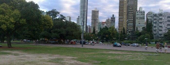 Parque Nacional de la Bandera is one of Rosario.