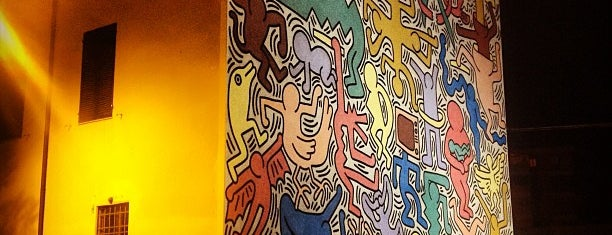 "Murales di Keith Haring ""Tuttomondo"" is one of Pisa in a weekend."