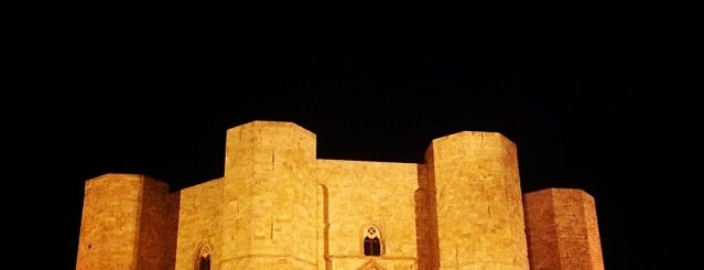 Castel del Monte is one of #weareinpuglia.