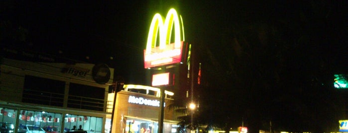 McDonald's is one of Locais salvos de Fernando.