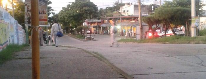 Parada de Camiones de Pemex is one of Lugares favoritos de Pako.