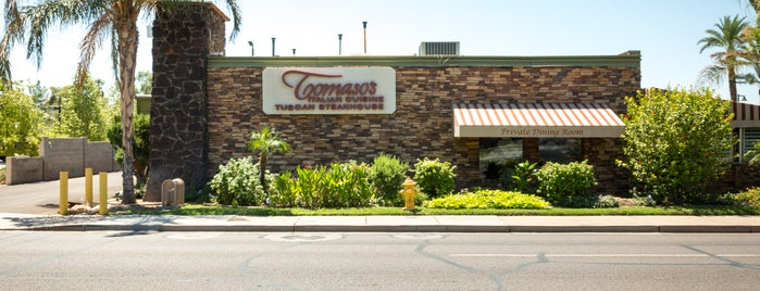 Tomaso's on Camelback is one of Locais salvos de Diane.
