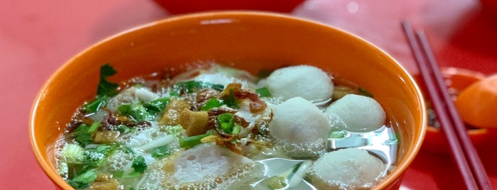 Hien Kee Fish Ball Mee is one of Locais curtidos por See Lok.