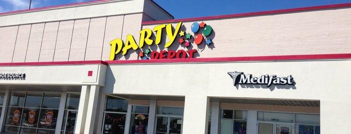 Party Depot is one of Lugares favoritos de Terri.