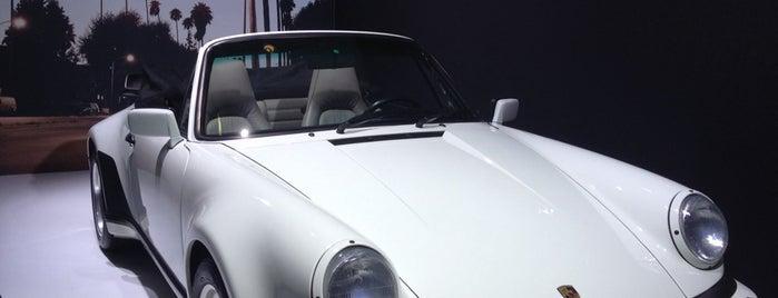 Porsche is one of Lugares favoritos de Tony.