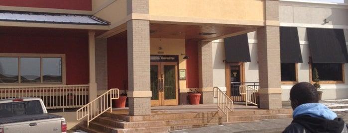 Outback Steakhouse is one of สถานที่ที่ Joseph ถูกใจ.