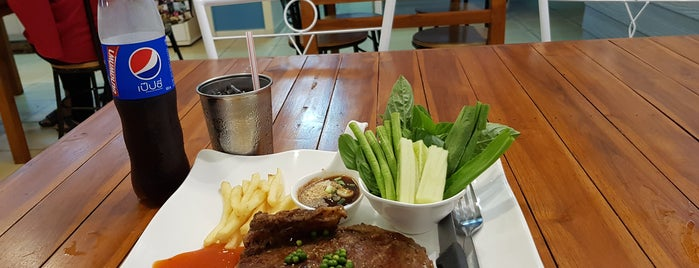 Naibank Steakhouse is one of 주변장소4.