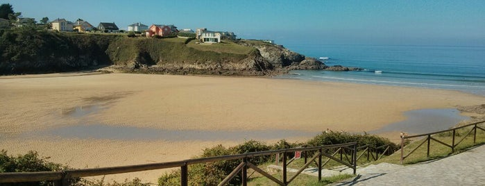 Playa del Murallón is one of Playas de España: Principado de Asturias.