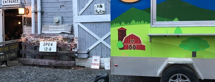 Sloop Brewing @ The Barn is one of Orte, die K gefallen.