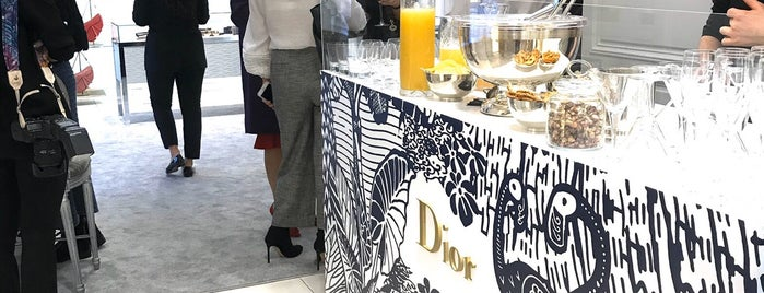 Dior is one of İstanbul Shopping.