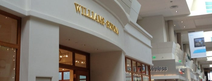 Williams-Sonoma is one of Rosana 님이 좋아한 장소.