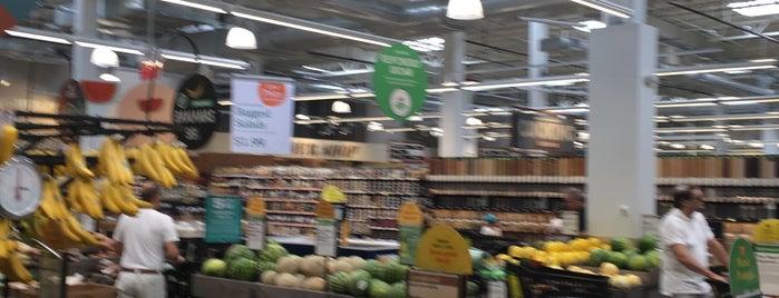Whole Foods Market is one of Orte, die Brandon gefallen.